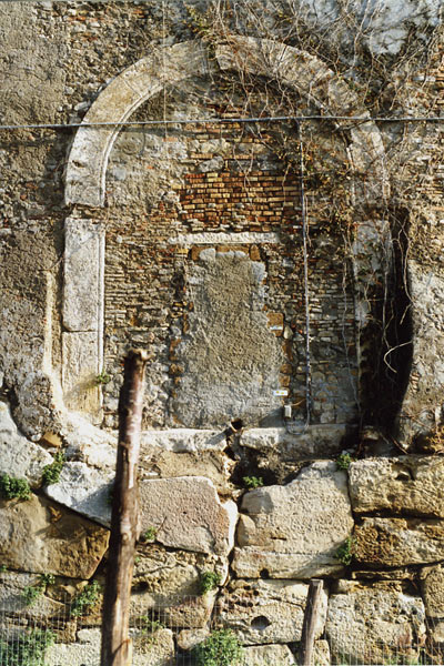 Bricked-in-Door_Italy.jpg