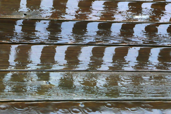 RainOnDeck3.jpg